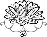 Lotus, Lotusblüte mit filigranen Blättern und Om Symbol. Geschenk für Yoga, Meditation, Zen, Spiritualität, Buddhisten, Hindus und Wellness.