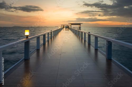 Cool male bridge, sunset © Tum