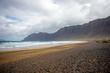 canvas print picture - Una giornata di tempesta sulla spiagga di Famara, meta dei surfisti per le sue belle onde, sull'isola di Lanzarote