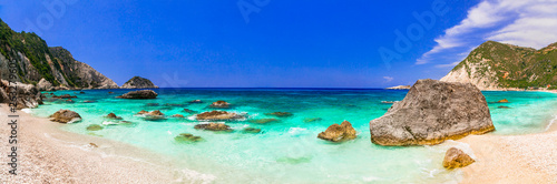 Best beaches of Greece - Myrtos in Kefalonia, ionian islands - 263279605