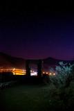 Fotografía nocturna con luces en embalse Santa Juana chile