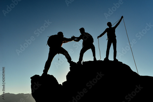 mountaineering, climbing sport and team success