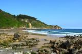 Plage, falaise, paysage marin, vagues, écume, sable chaud, idéal pour la baignade