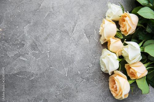 Leinwandbild Motiv roses on wooden background