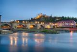 Würzburg alte Mainbrücke Festung Marienberg beleuchtet