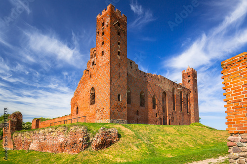 Ruins of medieval brick castle in Rydzyn Chelminski, Poland © Patryk Kosmider