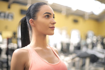 Beautiful girl enjoying her time at the gym